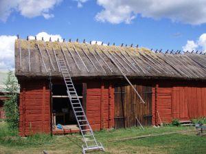 Ny ryggning lagd på befintlig. Kängsbo, Västmanland 2008